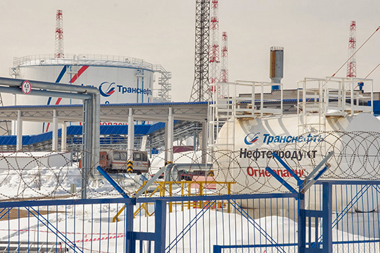 «Центр ДиС» — в прошлом один из крупных контрагентов «Транснефти». За 11 месяцев прошлого года «Транснефть» обеспечила весь 1,5-миллиардный портфель заказов метрологов