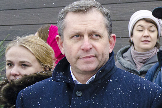 В качестве третьих лиц к делу в качестве поручителей по кредиту привлеченыРоберт Мусин,Евгений Корольков,Рашид Таймасов иИван Войтко (на фото)