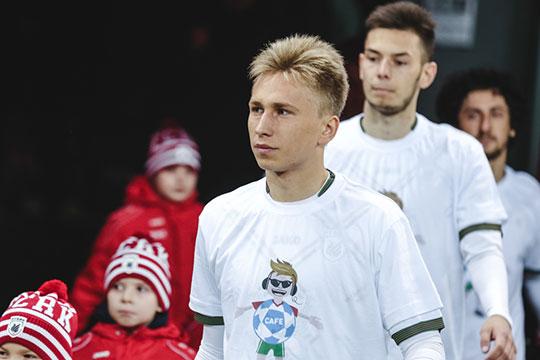 «В прошлом году к нам на первый курс поступили Данил Степанов и Раиль Абдуллин, которые уже выступают за основную команду «Рубина»