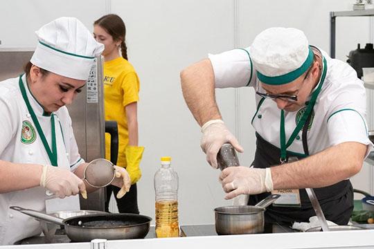 По данным пресс-службы портала Superjob, в 1 квартале 2019 года наиболее востребованы в Казани были представители рабочих специальностей: сварщики, слесари, повара