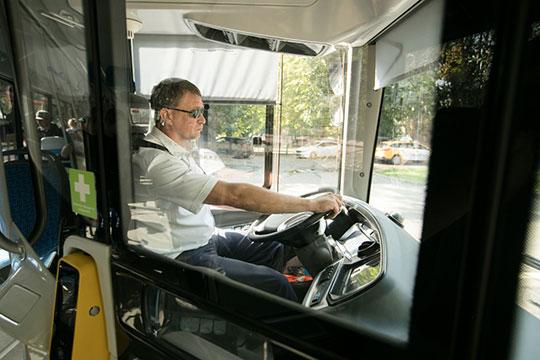 Отметим, что вне конкурса (с тем же резюме категории «Е») «БИЗНЕС Online» откликнулся на вакансию для смежной категории «D» — на водителя автобуса для казанского «ПАТП-2». Приглашение прилетело к нам почти мгновенно