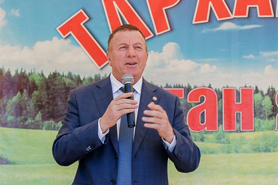 Главу Тетюшского района Рамиса Сафиуллова называют «темной лошадкой» нашего рейтинга