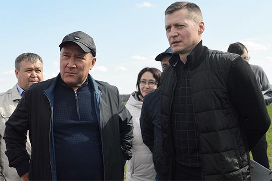 Главный козырь в рукаве Азата Зиганшина (справа), то, что, по слухам, его протекцией сейчас занимается непосредственно действующий министр