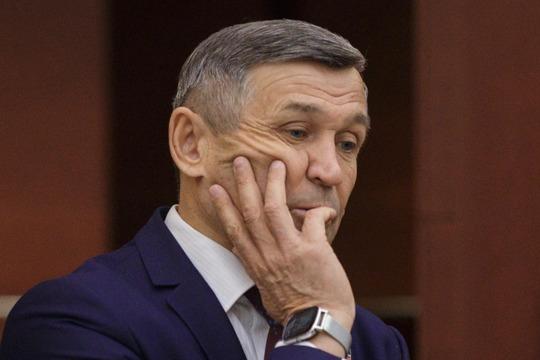 Халил Гиниятовзначится впартийных списках «Единой России», нонанепроходном 65-м месте, так что онотбывает вГоссовете второй ипоследний созыв