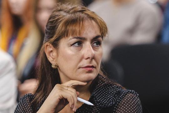 Елене МинаковойизКФУ, занимающая 54-юстрочку списка,партия сказала однозначное «нет»