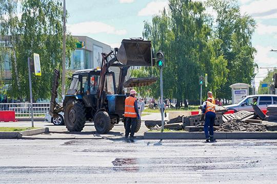 Во время объезда мэр посетил и участок проспекта Мира, на котором сейчас идет ремонт стоимостью 1,36 млрд рублей