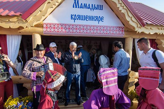 Местом паломничества для примерно 50 тысяч гостей стала цитадель кряшенского народа село Зюри вМамадышском районе