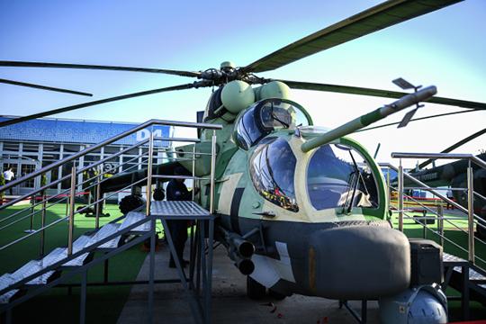 Свой вариант — Ми-24П-1 — «Рычаг» представил на нынешнем МАКСе