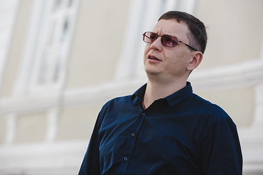 Чиков заметил, что происходящее, включая заявление Турчака, «пока выглядит как принятое политическое решение не только по Устинову, но и по другим фигурантам»