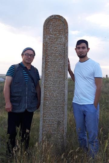 «Камни с надписями ставились выходцам из разных мест, будь то «казанлы», то есть из Казани, или же уроженцы Дагестана, Казахстана, Хорезма и других мест»