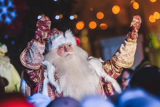 «Если в фирме 15 человек, то банкет с хорошим ведущим, Дедом Морозом, Снегурочкой, артистами обойдется условно в 100 тыс.рублей»