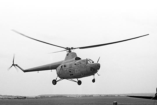 Вертолет Ми-1 пошел в серийное производство на Казанском вертолетном заводе. Миль очень волновался за свое детище и даже рискнул перелететь на Ми-1 из Казани в Москву, когда вертолет еще не был испытан!