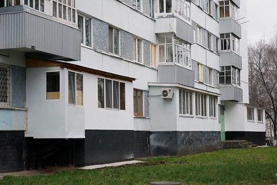 Вопрос очистки крыши даже после ееузаконивания тоже будет всецело переложен наплечи собственника квартиры