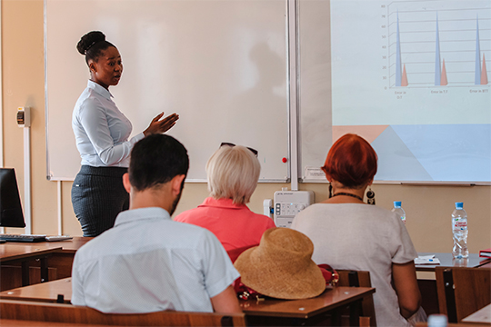 «Сегодня количество иностранных студентов приближается к 9650-ти из 106 стран мира. Это чуть меньше 20 процентов от общей численности студентов КФУ и это один из самых больших объемных показателей в нашей стране»