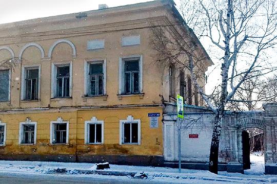 С учетом того, что на каждый объект требуется порядка 100 тыс. рублей, то на данный момент защитники памятников собрали денег на первые 10 домов