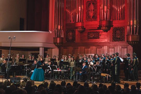 В полной мере возможности пентатоники продемонстрировал Государственный камерный хор РТ под управлением Миляуши Таминдаровой на концерте под названием Pentatonix