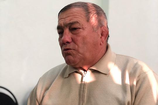 «Следующей осенью свое 30-летие будет отмечать Татарский общественный культурно-просветительный центр Ташкента. Его руководитель Ришат Набиуллин — тяжеловес в прямом и переносном смысле»