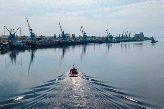 Федеральный проект «Оздоровление Волги» хорош, но в нем вовсе не учитывается, что на качество воды в великой русской реке влияют результаты деятельности хозяйственных объектов, расположенных также на реках Кама и Ока