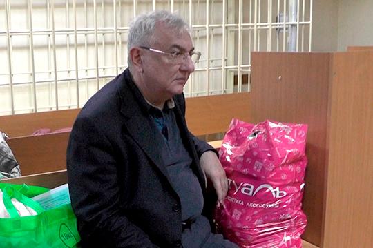 Уже 4 года бывший проректор КХТИ Ильдар Абдуллин живет в следственном изоляторе