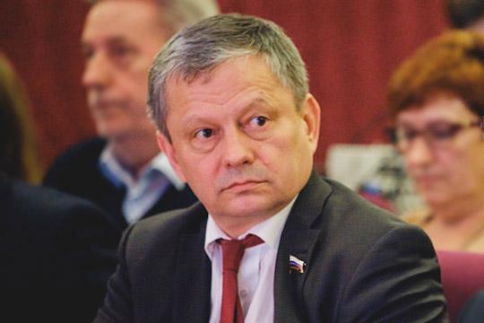 «Это непатриотично, это скандал!»: как Марат Бариев вступил всхватку сКантом