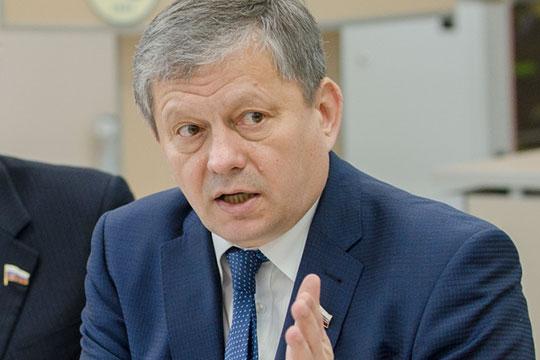Марат Бариев полагает, что идея упроекта была достойная, ноеереализация резко понизила ееэффективность, аитоги могут породить дополнительные споры