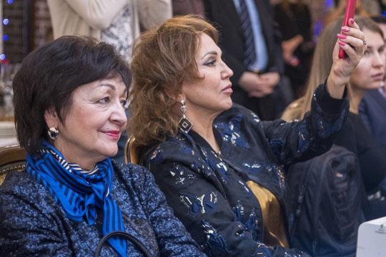 Среди гостей можно было увидеть иоперную певицуВенеру Ганееву, но, как оказалось, кгорным лыжам она имеет посредственное отношение