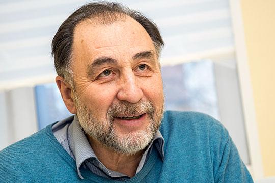 Гумар Зиатдинов: «После праздников мыждеммужчин спаническими атаками»