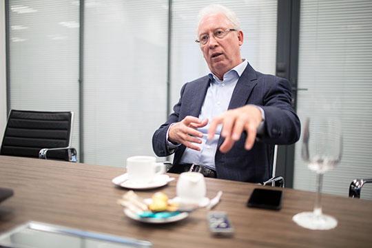 Олег Вьюгин: «Как можно было понять изобъяснений властей, мобилизация дополнительных доходов вбюджет делается для реализации государственных инвестиционных проектов»
