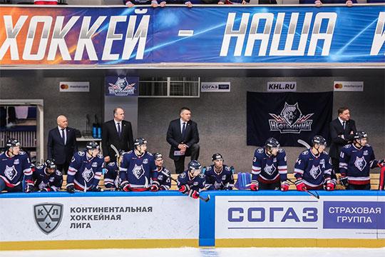 Чуть больше месяца Вячеслав Буцаев занимает пост главного тренера в нижнекамском «Нефтехимике». За это время команда набрала 13 очков в 15 матчах