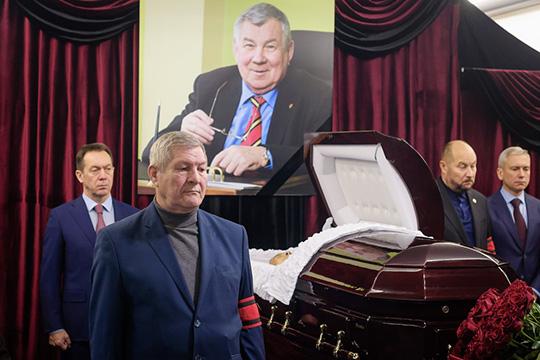 «Это были насамом деле генералы, таких больше нет»: как простились сНиколаем Зеленовым