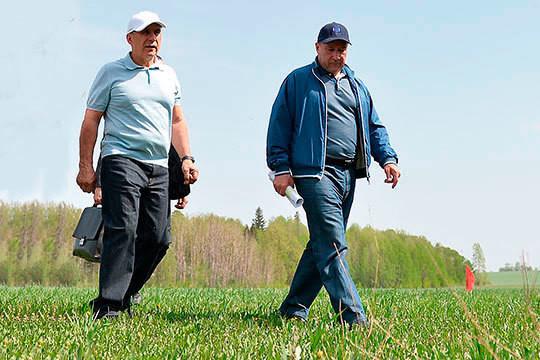 Рустам Миннихановвсвоем ежегодном послании предъявил крупным землевладельцам своего рода ультиматум: немедленно начать возвращать земли всельхозоборот