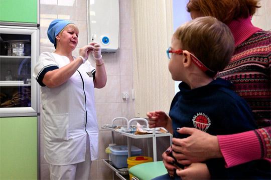 Как «прививочный бунт» мамаш вверг в группу риска тысячи малышей Татарстана