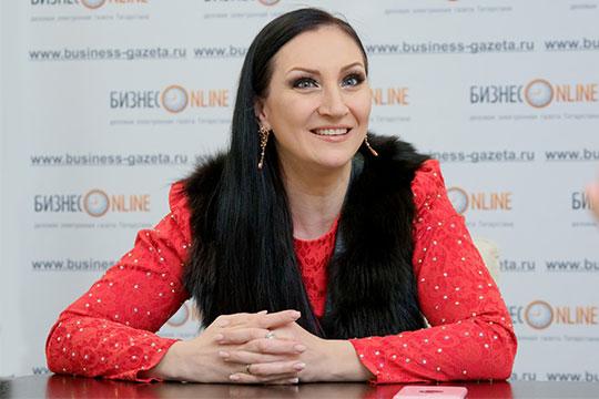 Алина Шарипжанова: «Мой зритель— это люди, разбирающиеся вмузыке. Те, кто имеет несколько иной взгляд нажизнь. Мне кажется, это люди-философы»