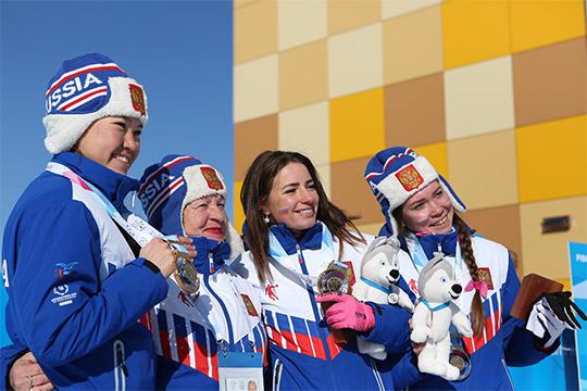 Яна Кирпиченко, Алиса Жамбалова и Екатерина Смирнова
