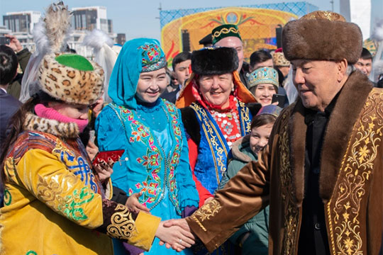 Жители настолько свыклись смыслью, что Назарбаев для Казахстана навсегда, что досих пор немогут поверить вего добровольный уход