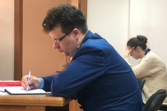 Николлективное письмо сотрудников, низалог в15млн рублей непомогли Гомзину выйти изСИЗО.Под стражей его оставили до26июня