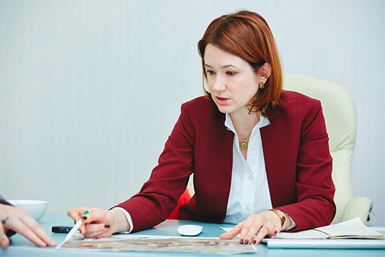Елена Стрюкова признает, что всегменте «стандарт» «АкБарс Недвижимость» сохраняет предложения смаленькой квадратурой, иименно ихклиенты разбирают как горячие пирожки