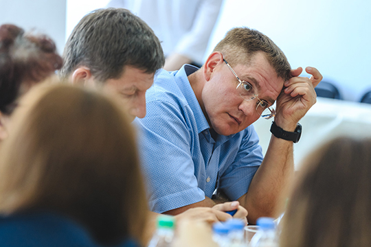 Александр Тыгин: «Чиновников и так запугали, они бояться раньше установленного времени рассматривать документы, опасаясь обвинений в лоббировании интересов конкретного бизнесмена»