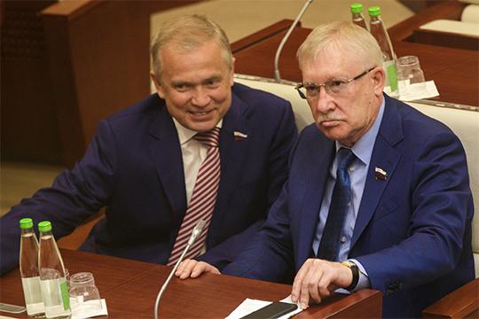 Ильдус Ахметзянов (слева), сбольшой долей вероятности, покинет занимаемую должность после госсоветовских выборов всентябре 2019 года