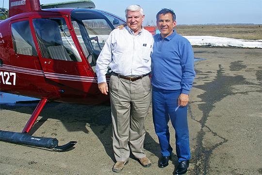 По нашим сведениям, пилотских «прав» у Минниханова нет, но он не раз брал практические уроки у профессионалов, в том числе у Тима Такера