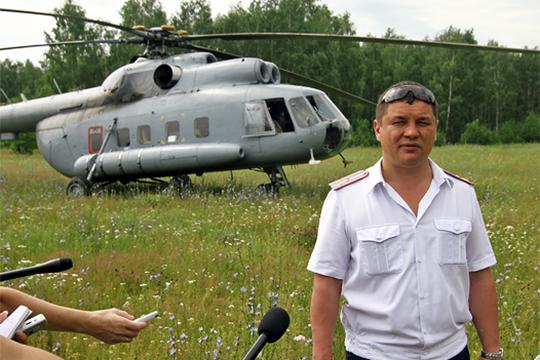 Весьма известен в авиационных кругах, в том числе, виртуозностью управления вертолетом экс-начальник авиации МВД по РТ и до недавнего времени начальник аэроклуба ДОСААФ РТ Фларит Мавлеткулов