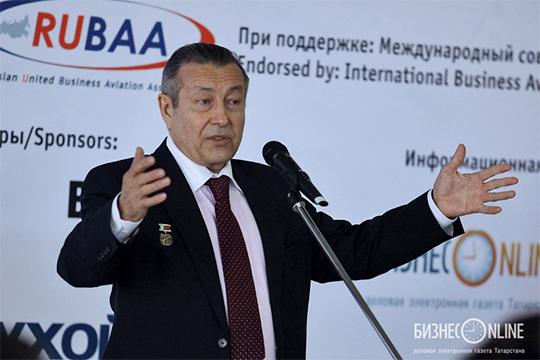 Экс-главу Татарского управления Росавиации Шавката Умарова небезосновательно называют крестным отцом всей малой авиации РТ
