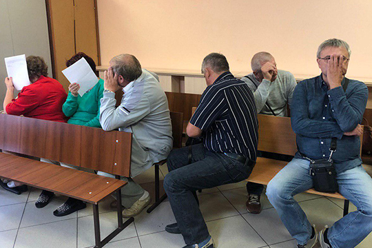 Пятеро сотрудников отдела закупок казанского завода «Электроприбор» за2013–2018годы заработалинаоткатах 1,5млн рублей