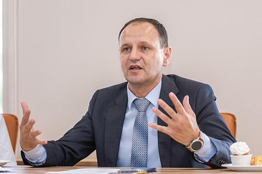 Олег Афанасьев: «Мы не требуем создать ВУЗ, который будет готовить специалистов специально для КАМАЗа!»
