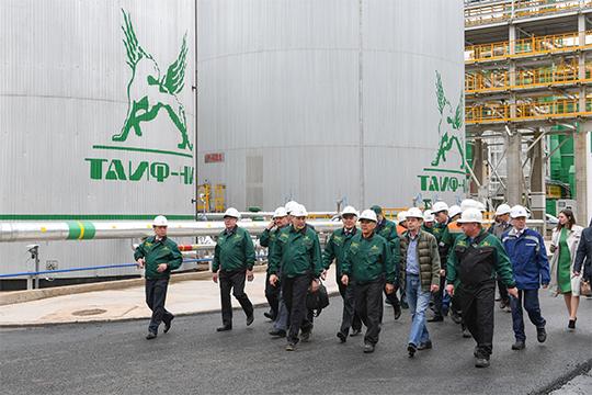 ТАИФ в 2018 году в бюджеты всех уровней и внебюджетные фонды заплатила 62 млрд рублей, при этом республике досталось 17,4 млрд рублей — чуть меньше, чем годом ранее