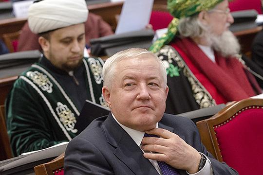 Еще один замгендиректора «Татнефти»РустамМухамадеевзанял пятое место с доходом в 40 млн. руб.