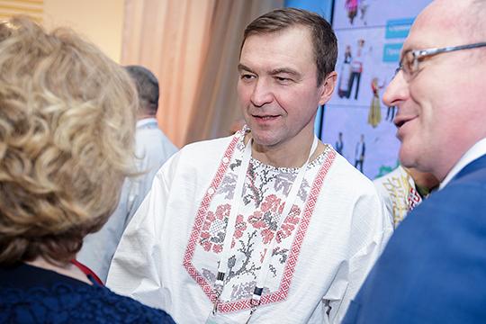 Рейтинг кандидатов-одномандатников возглавил председатель советадиректоров КазанскогожировогокомбинатаДмитрий Самаренкин.Онзаработал 98,4млн руб.