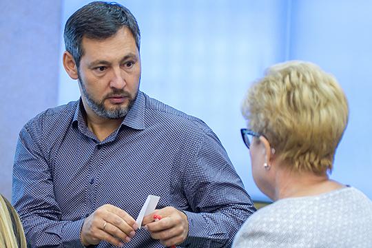 Скромный заработок у единственного потенциального представителя от«Партии Роста» вбудущем Госсовете —Олега Коробченко.Гендиректорфирмы «Кориб» за2018-й год может похвастать лишь1,4млн руб.