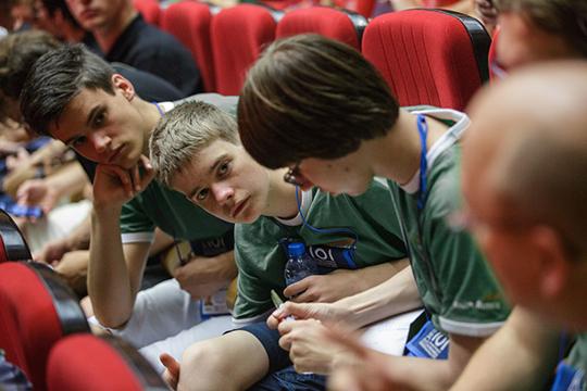 Отдельно рассматривается и успехи учащихся Набережных Челнов в олимпиадах. Так, 112 школьников автограда в 2018/2019 годах приняли участие в региональном этапе Всероссийской олимпиады