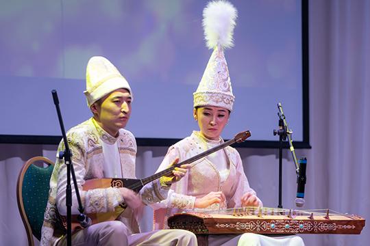 Действительно, мероприятию под силу укрепить дружбу разных народов через постижение их музыкальных традиций и знакомство с песенной культурой